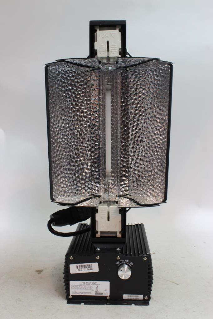 Top Shelf Light Electronic Ballast With Reflector And Bulb