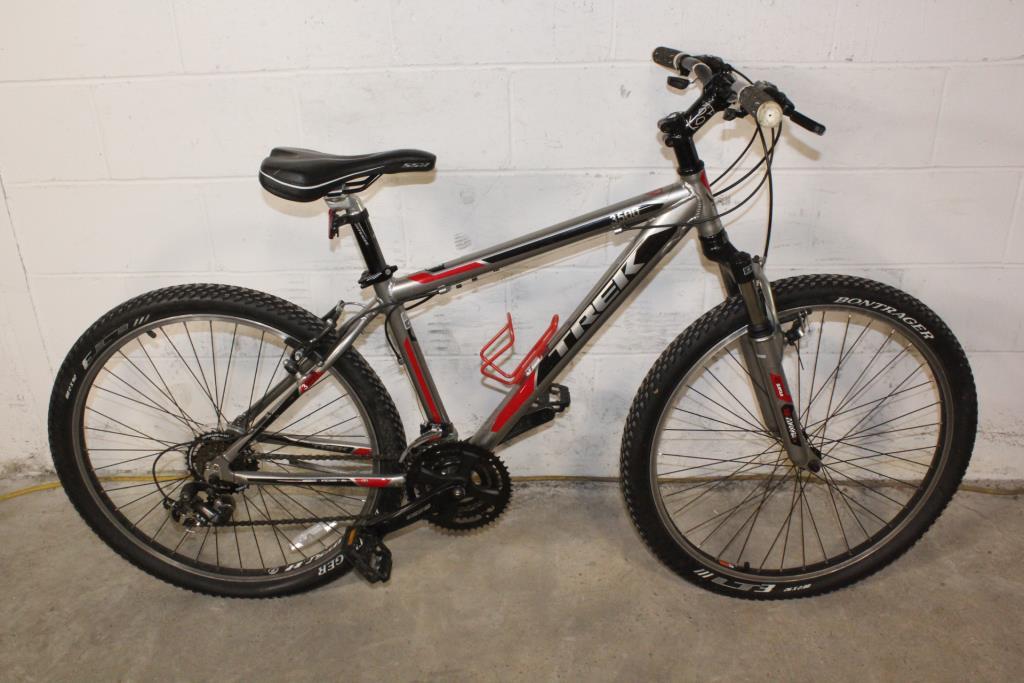 Trek 3500 Hardtail Mountain Bike Property Room