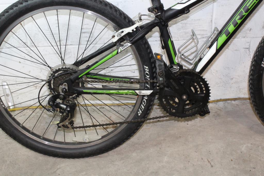 Trek 3500 Mountain Bike Property Room