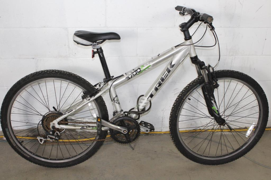 799e16f7a47 Trek 3700 Three Series Mountain Bike | Property Room