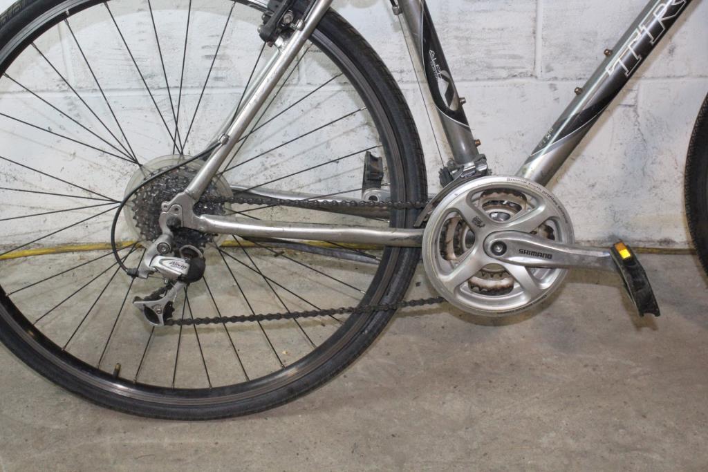 Trek 7200 Multitrack Hybrid Bike Property Room