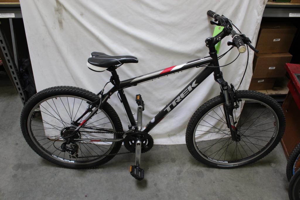 6f8591b446d Trek 820 Mountain Bike | Property Room