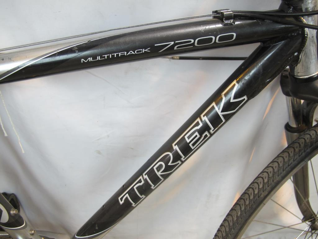 Trek Multitrack 7200 Hybrid Bike Property Room