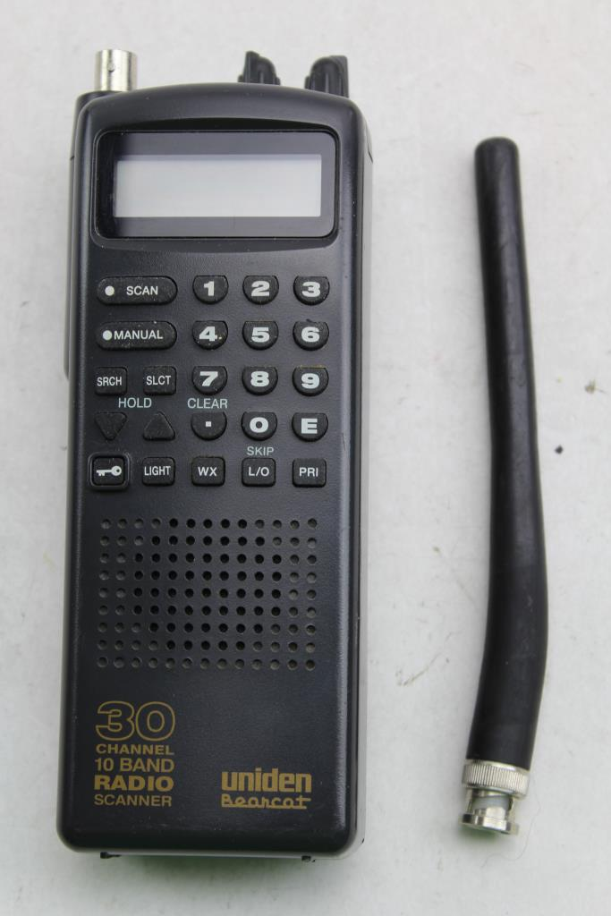 uniden bearcat 30 channel 10 band radio scanner property room rh propertyroom com uniden bearcat 30 channel 8 band radio scanner manual Program Uniden Bearcat Scanner Frequency