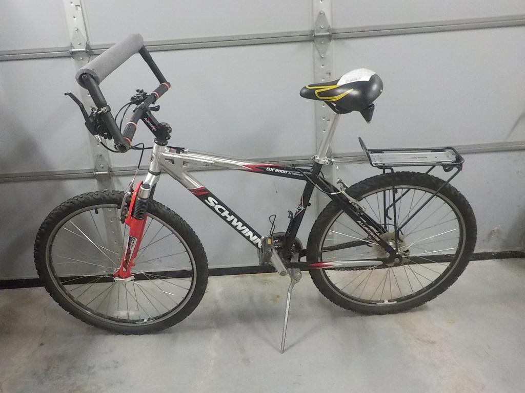 c7eb49c95fd Image 1 of 3. Used Mens Schwinn SX2000 Aluminum Bike (Lincolnwood ...