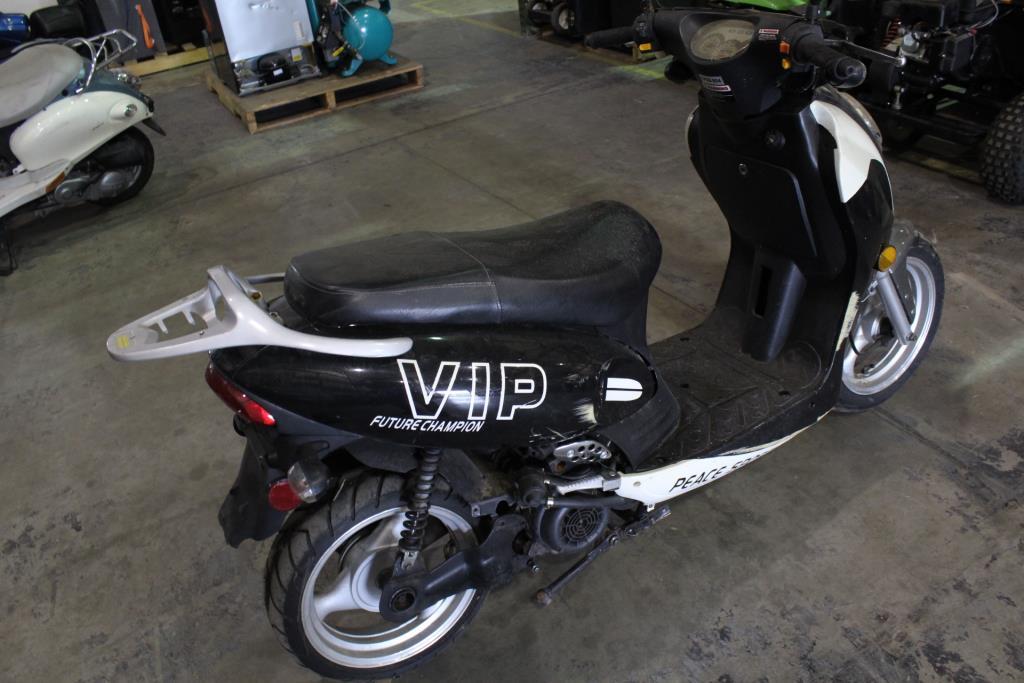 Vip Future Champion Scooter