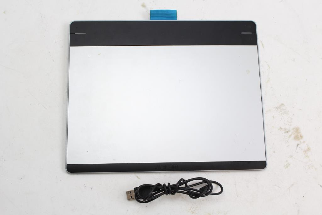 Wacom Intuos Pen Touch Tablet Size Medium Property Room