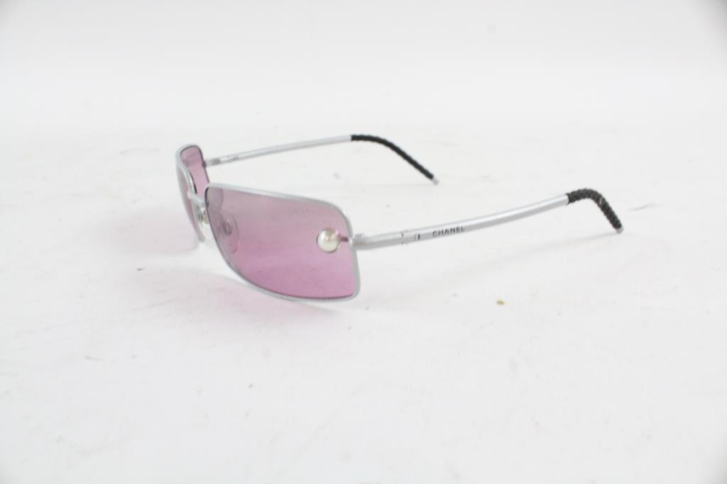 Women Chanel Sunglasses | Property Room