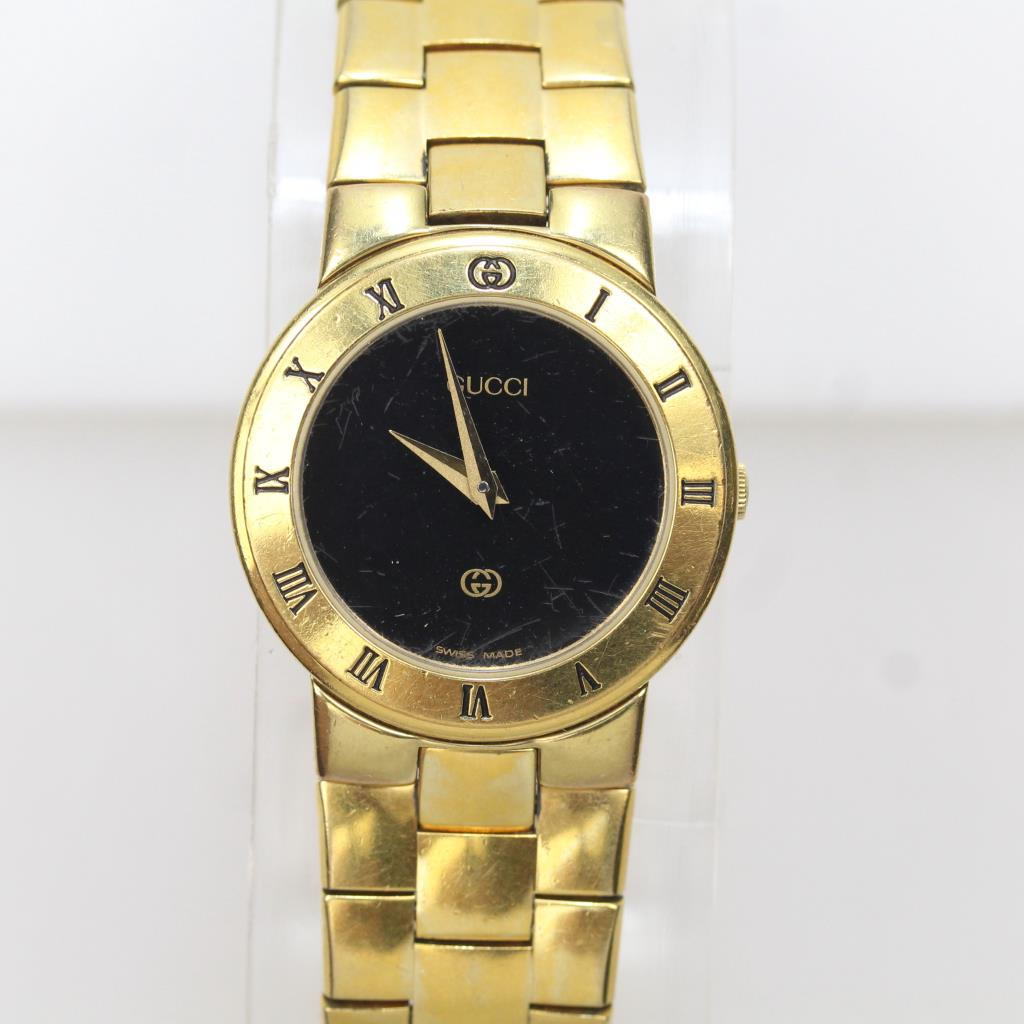 699142b45b6 Image 1 of 6. Women s Gucci 18kt Gold Plated Wristwatch