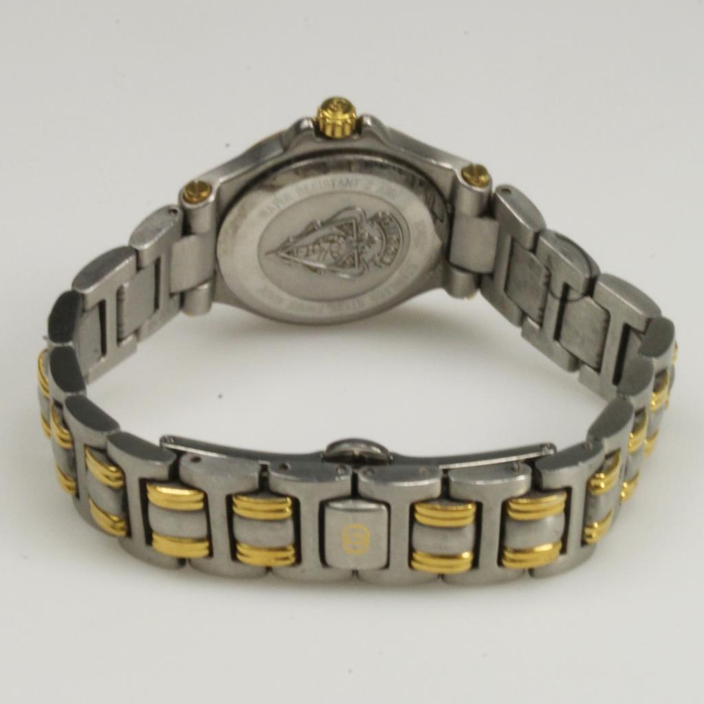 f061dcd718d Ladies gucci watch 9040l. Ladies Gucci Vintage Watch 9040L. 2019-04-30