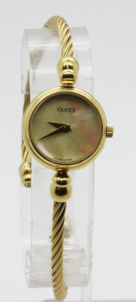 ce8af6af599 Gucci Gold Bracelet Watch Womens - Bracelet Photos Onneyuonsen.Com