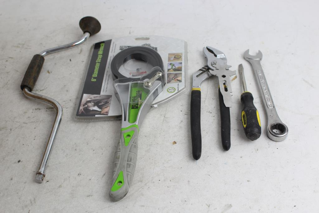 Wrench, Pliers, Screwdrivers, Ratchet And More: Craftsman