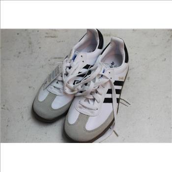 9981ebd55cf Men s Adidas Samba Shoes Size  4 1 2