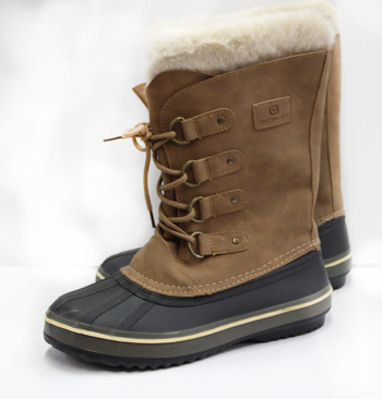 OutBound Women's Watereproof Boots - Size 7