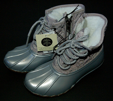 NWT Girls' Transit Boots Grey Size 12
