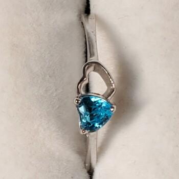 925 Sterling Silver Blue Topaz Ring Sz  6