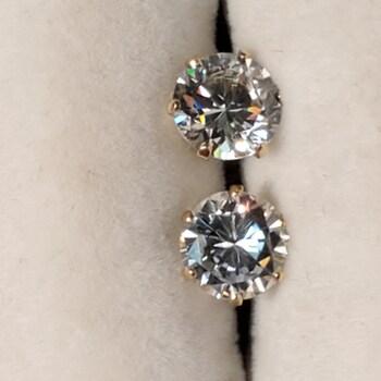 Gold CZ Earring
