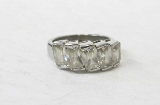 Vintage Sterling Silver Ring- Size 6