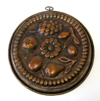 Vintage Hanging Copper Jelly Mold