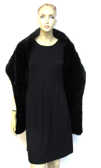 Vintage Women's Almost Black Off the Shoulder Mink Stole
