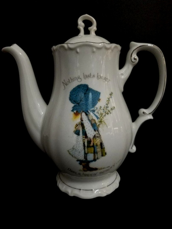 Vintage 1973 Holly Hobbie Blue Girl Porcelain Coffee Pot Teapot