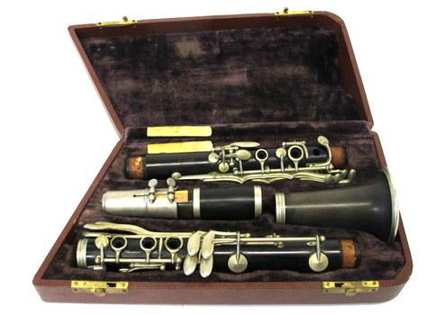 Vintage Siour Robert Paris Clarinet with Selmer Paris Mouthpiece