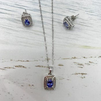 Designer Jewelry  Liquidation From Major Department Store  Sterling Silver Amethyst and Tanzanite Stud Earrings and necklace set,  Retail $300