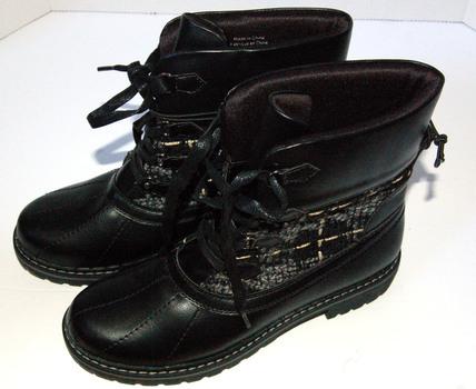 NWT Women's Freddy Boots Black Size 8