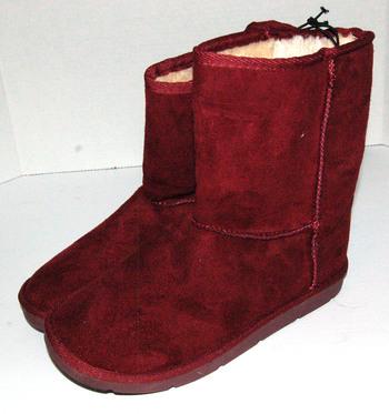 Women's Short Winter Boots Maroon Size 8
