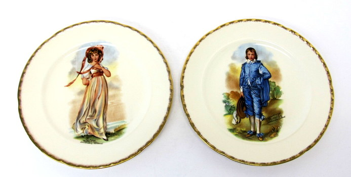 Set of Collector Decorative Plates of Pinkie and Boy Blue made in U.S.A