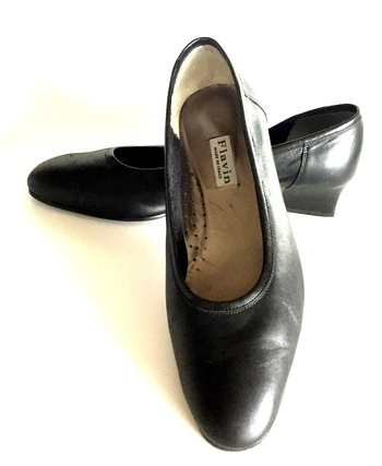 FLAVIN Women's Leather Shoes- Size 10.5/11