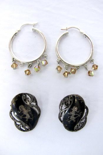2 Pair of Vintage Sterling Silver Earrings