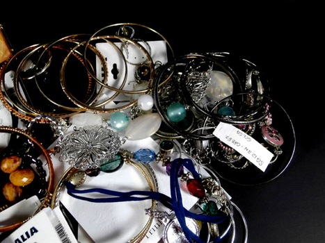 Mix Lot of 50 Pieces of Costume Jewelry Lot 2