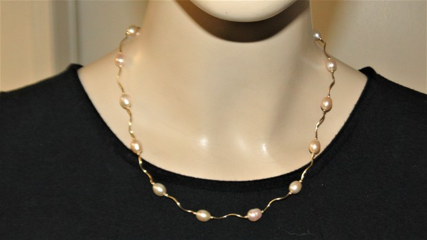 14 Kt Gold Cultured Pearl Necklace Mother's Day