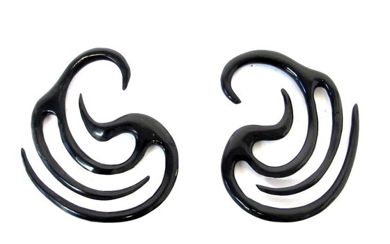 1 Pair of Hand Carved Water Buffalo Horn Gauged Earrings