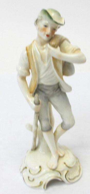 """Goebel Bochmann """"Traveller"""" Figurine"""