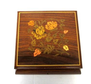 Vintage Wooden Jewelry/Trinket Music Box