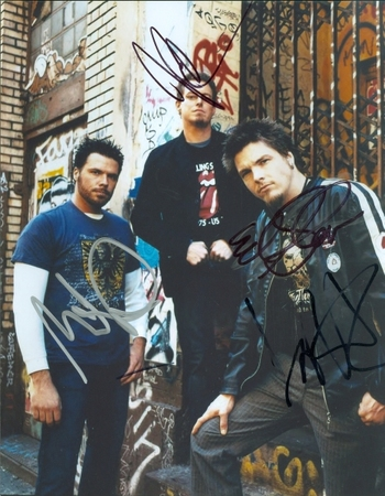 """Crossfade Rock Band """"Cold"""" 3 Members Signed Autographed 8x10 Photo w/coa $400 Retail"""