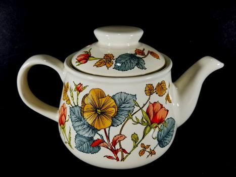 VTG Sadler England Porcelain Tea Kettle