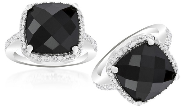 4.00 CTW Black Onyx and Diamond Accent Ring Size 7.50