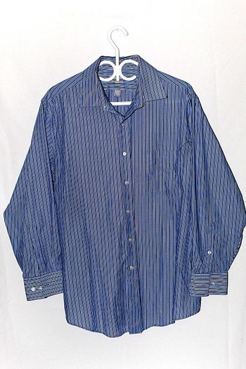 Van Heusen Fitted Mens Sz XL Button Up Long Sleeve Shirt Stripe