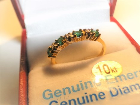 10 Kt Gold Diamond & Emerald Ring Appraised $775.00