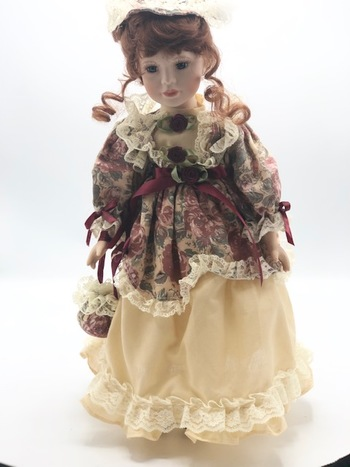 Noble Heritage Collectibles Special Edition Porcelain Doll Vintage Dress Outfit