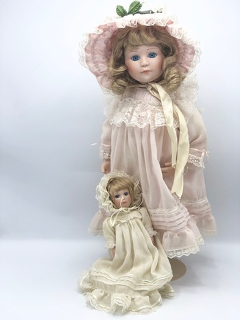 Jan Hargara Porcelain Doll - 19 inches. Issued in 1988-9 by Danbury Mint.. Comes with Sophie's baby doll