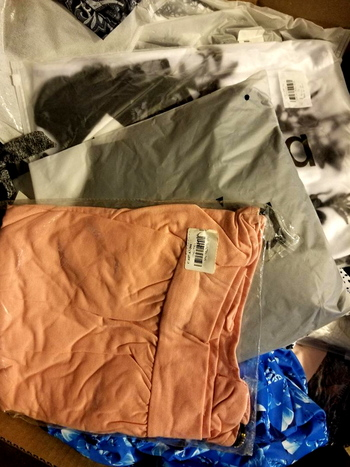 Mix Lot of 5 Ladies Clothing - Lot 7