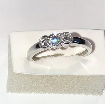 18 Kt Gold Diamond Ring Appraised $2,150.00
