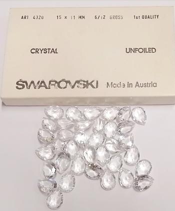 SWAROVSKI STONES - ART.4320 15X11MM UNFOILED PEARSHAPE STONES - 144
