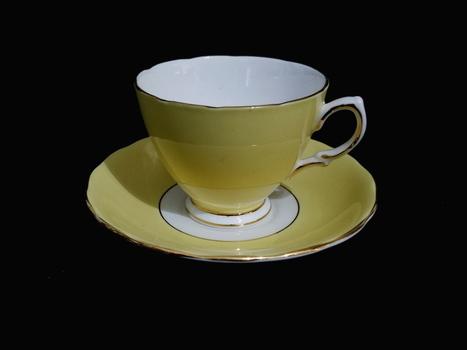 English Colclough VTG Bone China Tea Cup and Saucer