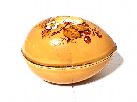 Vintage Sadler Porcelain Trinket Egg