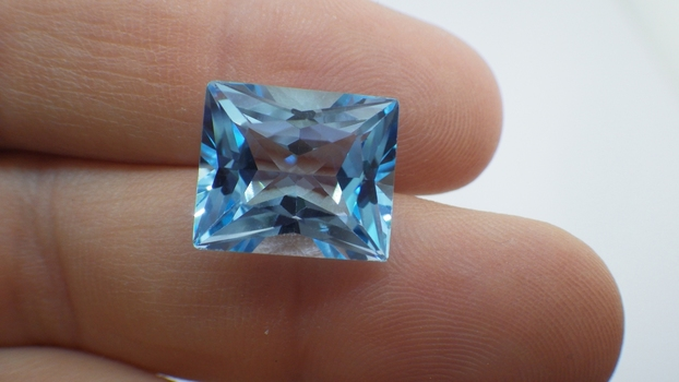 11cts Blue Topaz 14x12mm Natural Blue Topaz, MSRP: $560.00